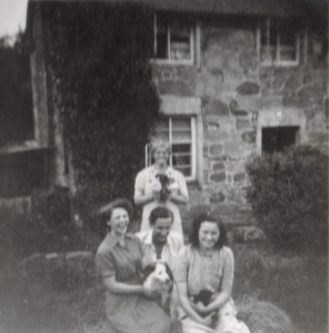 Nan, great-aunt, great-granny and unknown man, The Thrift, c. mid-late 1940s